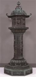 台徳院銅製燈籠