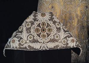 真珠の肩衣 17世紀後半  皇妃工房 ©Moscow Kremlin Museums