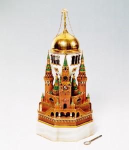 モスクワ・クレムリンエッグ 1904-06年 ファベルジェ社 ©Moscow Kremlin Museums