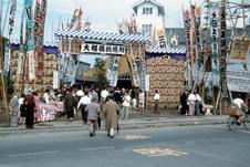 蔵前仮設国技館での大相撲秋場所
